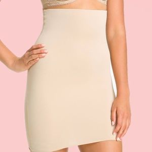 SPANX Lust Have High-Waist Half Slip 1494 NUDE